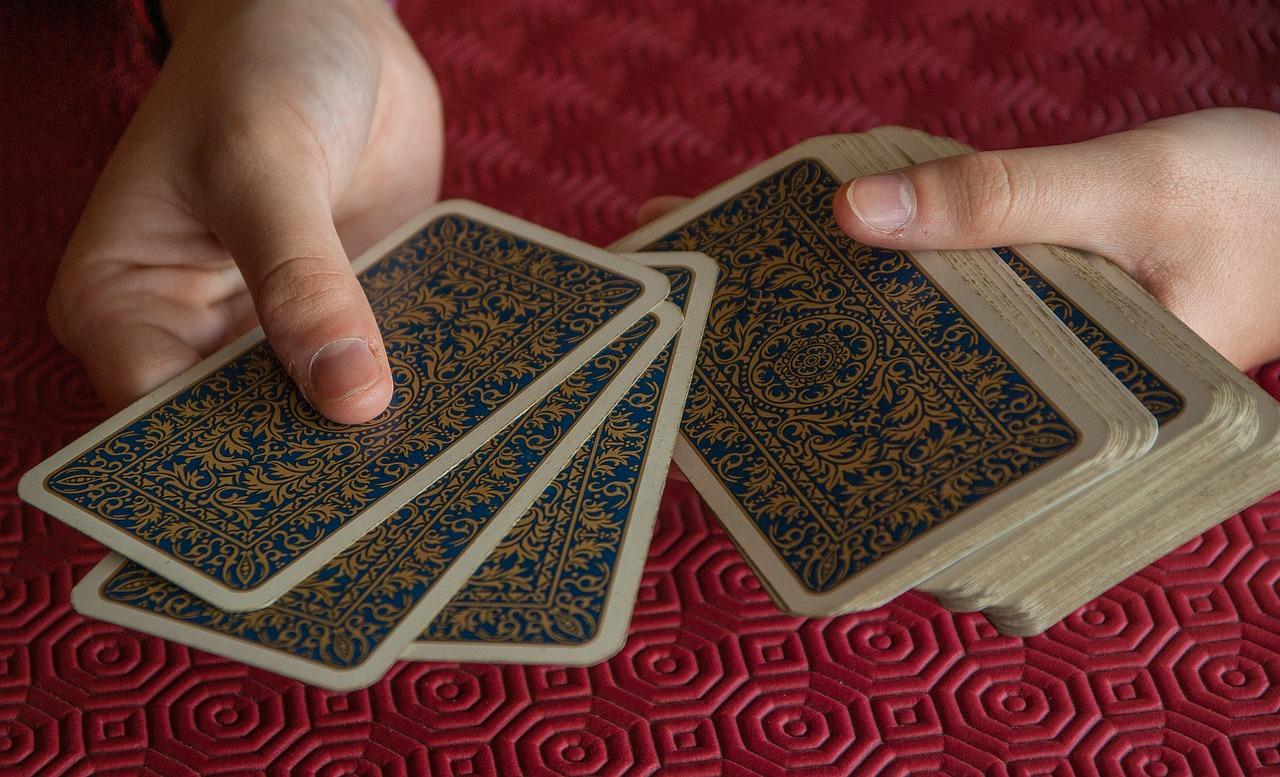 Tarot przez telefon